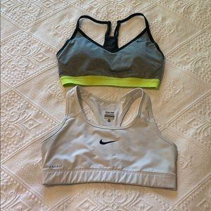 Nike sports bra lot size medium
